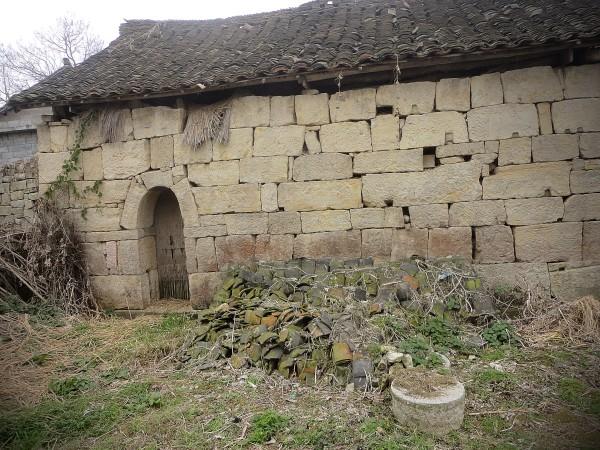 捡拾人肖大年和他的家 (4)